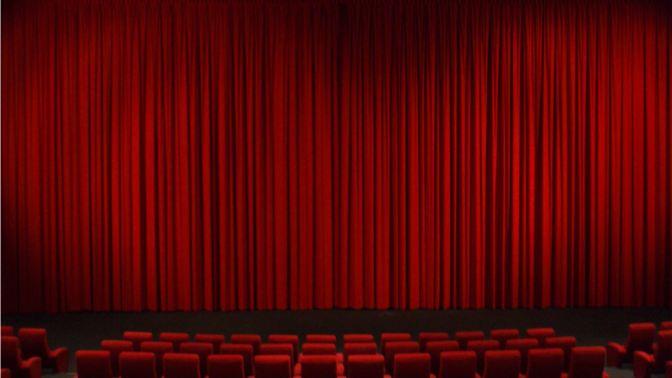 Gosse de riche, une comédie musicale au Théâtre Trévise