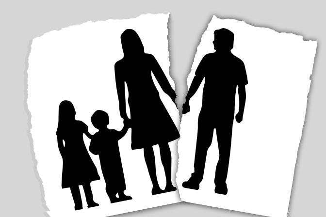 Une jeune fille de 12 ans violée par ses deux parents : les déclarations glaçantes du couple…