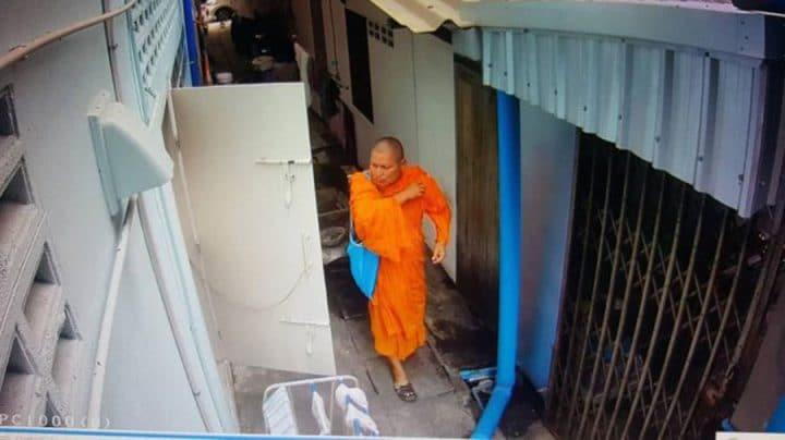 moine-bouddhiste-pervers-voleur-culottes-720x404