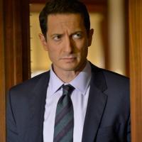 SPOILERS Lucifer saison 4 Sasha Roiz  rejoint le cast