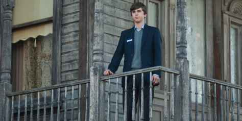 freddie-highmore-in-bates-motel-season-5