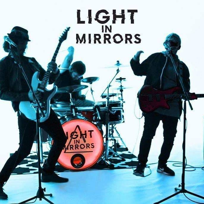 Light In Mirrors – Desperado