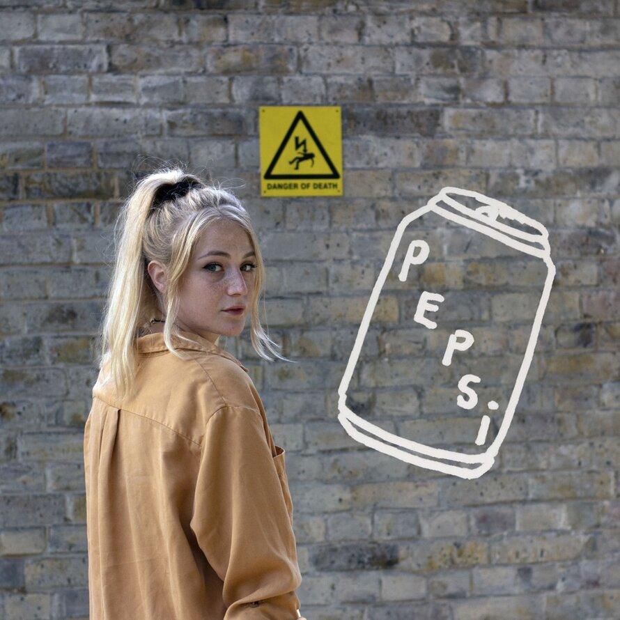 Ettie- Pepsi